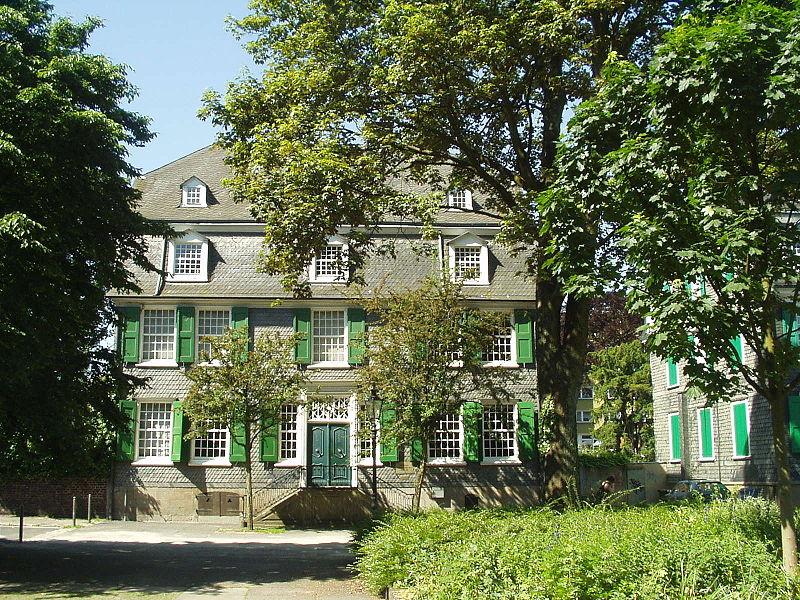 Семейный дом текстильного фабриканта Энгельса в Бармене, ныне Вупперталь, где прошло детство его великого сына Фридриха
